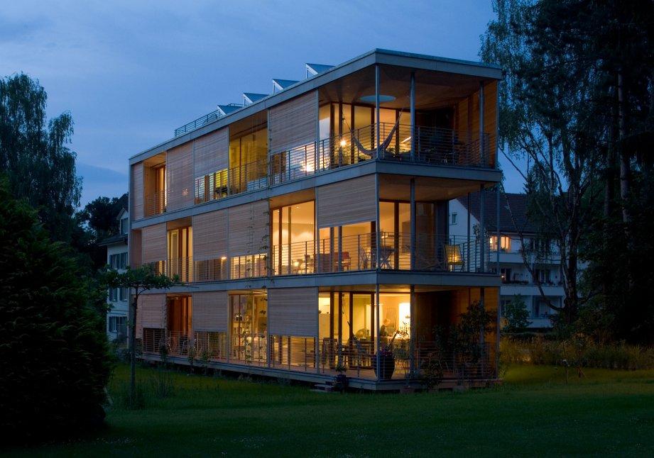 Halle Building Apartments