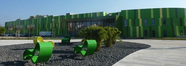 Passivhaus institut for Indoor natatorium design and energy recycling